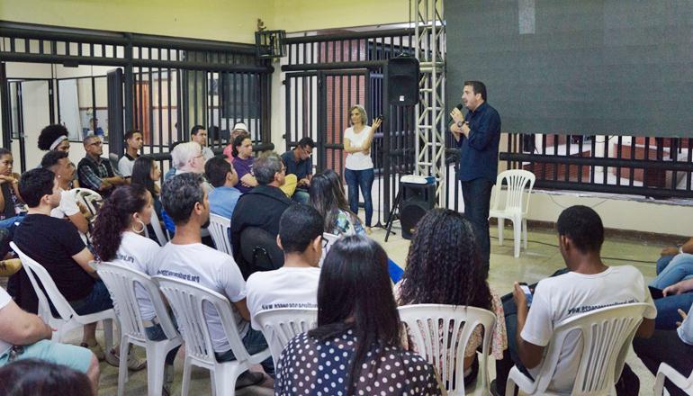 Plenária do ICED apresenta Escola Cultural de Teixeira de Freitas e debate lei da sanfona