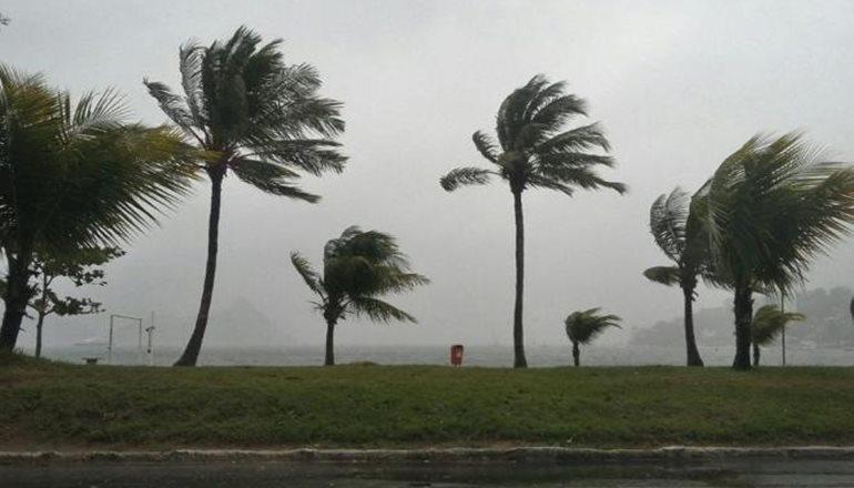 Coelba informa que as chuvas e ventos fortes afetaram o fornecimento de energia em algumas cidades do Sul e Sudoeste da Bahia