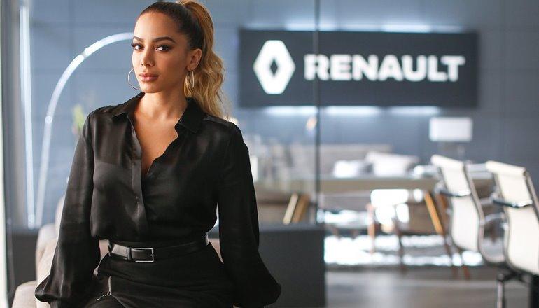 """Vídeo: Entre você também na """"Paradona"""" da Renault e pague a primeira parcela do seu carro só em maio"""
