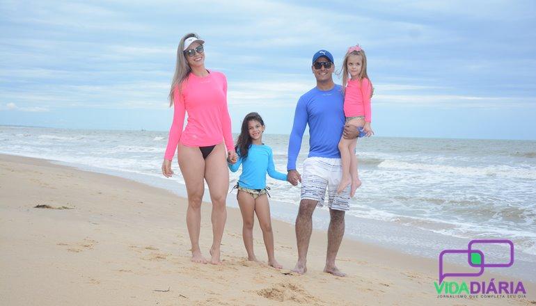 Fase Sport lança camisa com proteção UV  veja como proteger sua família dos raios  solares 2f9f886d90f