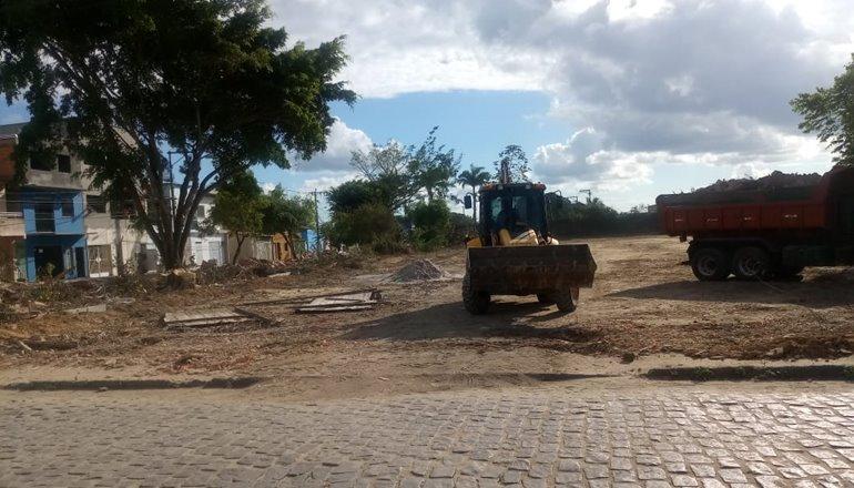 Prefeitura de Eunápolis inicia obras em terreno pertencente ao Campus XVIII da UNEB; universidade entra com processo de embargo