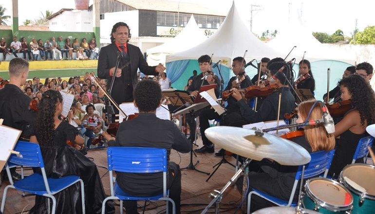 """Palestra """"Sua Escola é uma Orquestra"""" animou a Jornada Pedagógica de Prado"""