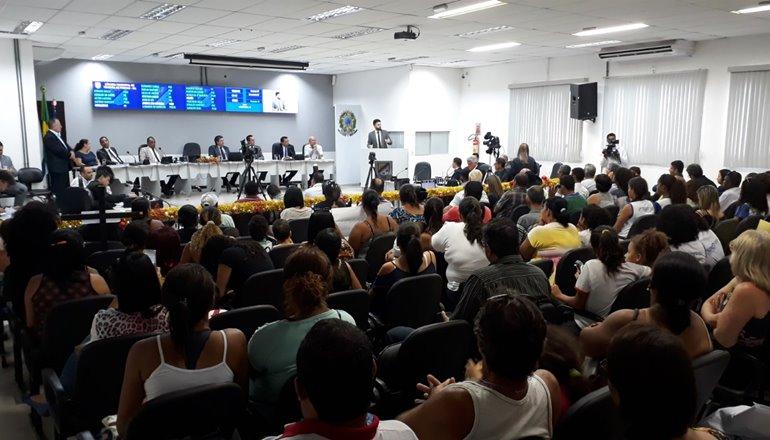 Vereadores vão à Justiça contra EMBASA e Estado por descumprimento à Lei que reduz taxa de Esgoto