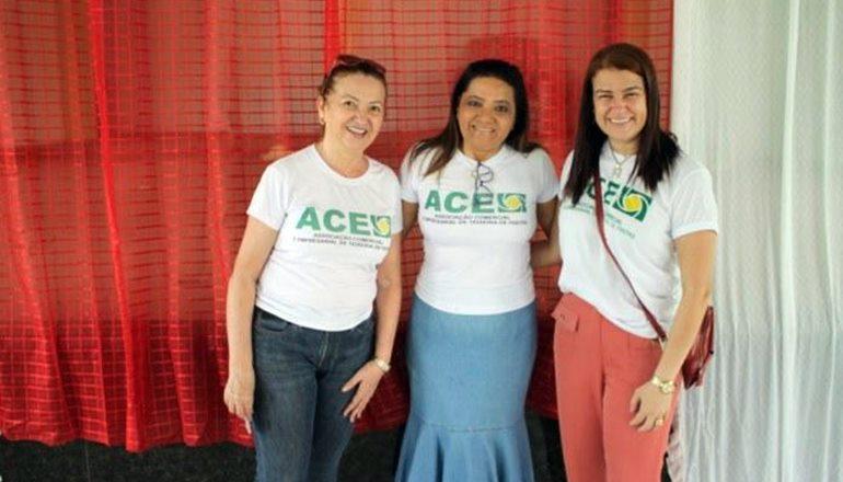 A ACE em parceria com a classe empresarial promove 4ª edição do Natal Solidário, beneficiando diversas famílias em Teixeira