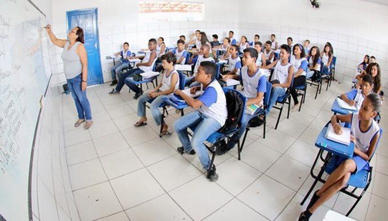 Com o fim da greve dos professores, as aulas retornam nesta sexta-feira em Teixeira