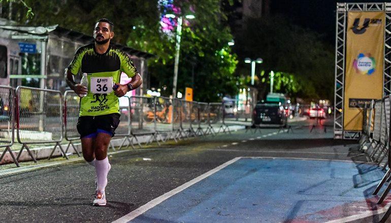 Agente penitenciário e atleta, teixeirense participou da Ultramaratona de Salvador; o percurso da prova é de 91,5 km