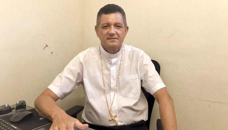 Pela primeira vez, o Bispo Dom Jailton fala sobre polêmicas envolvendo a Diocese de Teixeira de Freitas/Caravelas