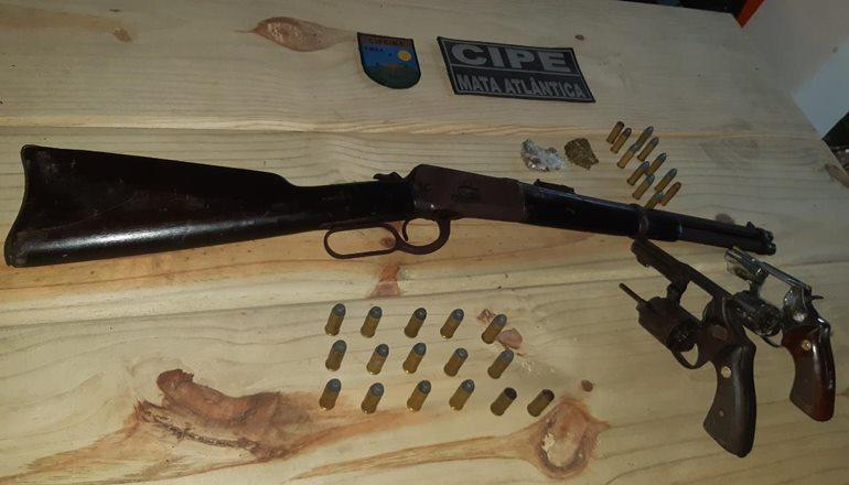 Trancoso: CAEMA prendeu 03 suspeitos por roubo de motocicleta e posse ilegal de armas de fogo e drogas