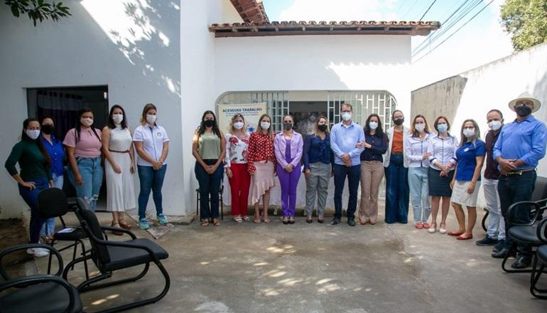 Lançado projeto do Acessuas Digital voltado para mulheres em situação de violência em Teixeira
