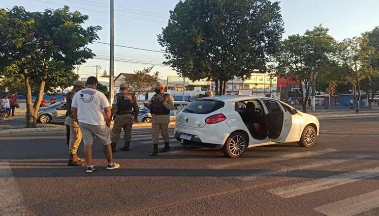 Homem é executado dentro de UBER em Teixeira de Freitas