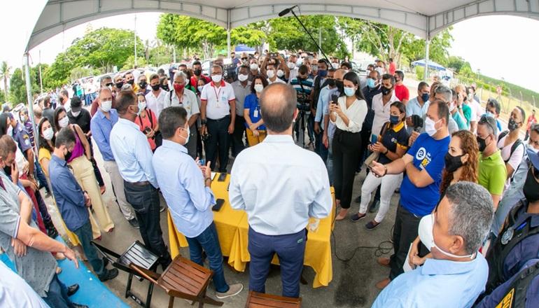 Prefeitura de Teixeira de Freitas recebe visita de ex-prefeito de Salvador