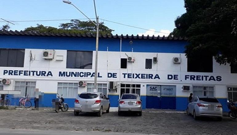 Prefeitura de Teixeira emite nota informando que irá pagar salários e décimo terceiro atrasados