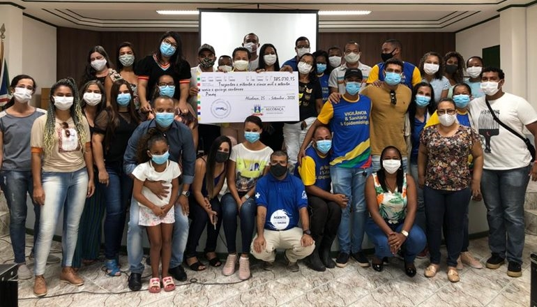 Alcobaça paga quase 400 mil de gratificação do PMAQ às equipes de saúde do município