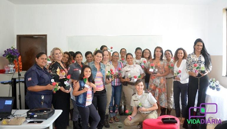 13º BEIC promove evento em comemoração ao Dia das Mães com palestra e homenagens
