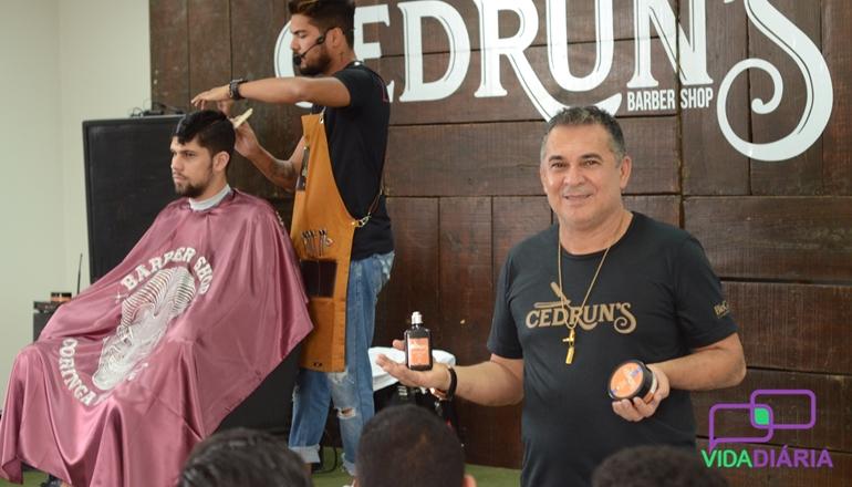 Biocale Cosméticos realiza Workshop de Barbearia e lançamento da linha Cedrun's em Teixeira