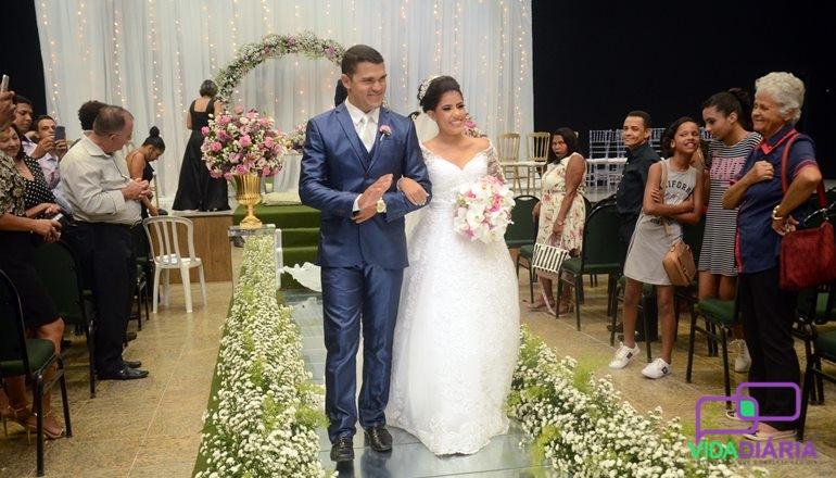 Vídeo: Pela 1ª vez em Teixeira, casamento celebrado todo em Libras; se casaram Amanda Ribeiro e Daniel Gomes