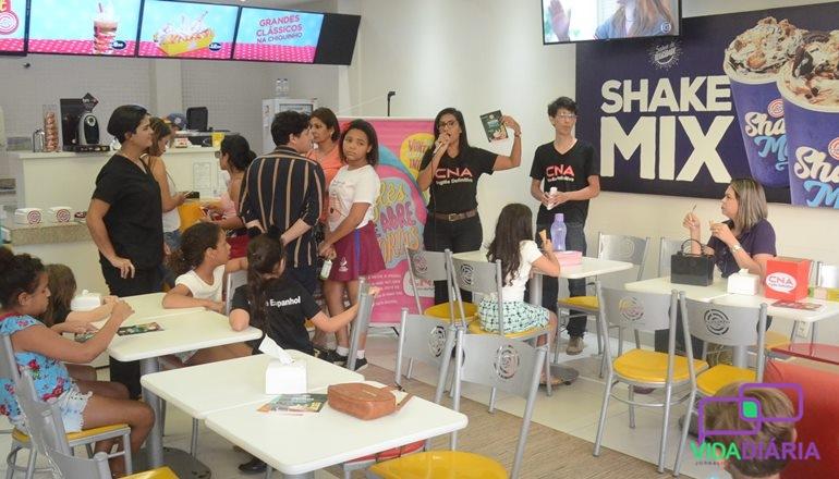 Inglês com sorvete é ainda melhor! CNA promove vivência no idioma na Chiquinho Sorvetes