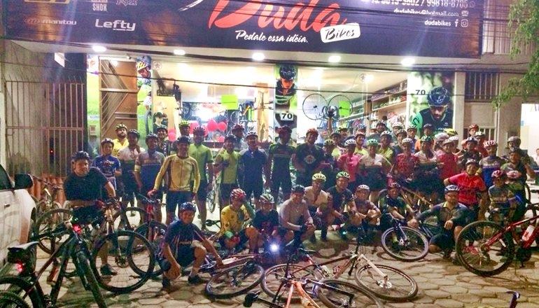 Duda Bikes realiza 2ª Pedal Rosa em Teixeira de Freitas