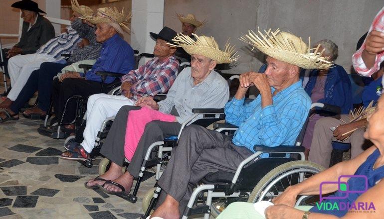 Arraiá Lar dos Idosos: a festa junina foi mais um ano de sucesso com muito arrasta pé
