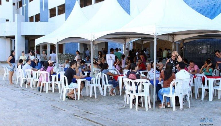 """Catedral São Pedro realizou o seu """"Tradicional Churrasco"""" no último domingo; confira!"""