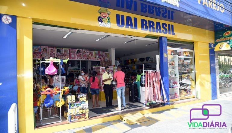 Uai Brasil em Teixeira oferece mix de produtos com excelentes preços e novidades todos os dias