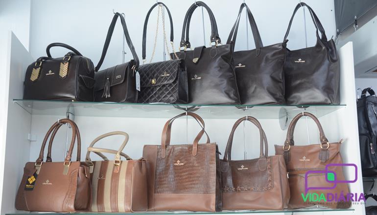 78691f6d2 Teixeira de Freitas: Com a presença do público apaixonado por produtos em  couro, foi inaugurada nesta sexta-feira (22), no Shopping Teixeira Mall, ...